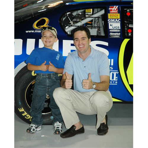 Jimmie Johnson fan Dakota with Jimmie (Hendrick Motorsports - September 2006).