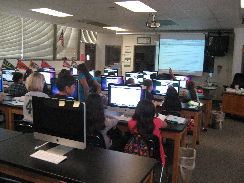 Students at Emerald STEM research careers in engineering (El Cajon, 2010)