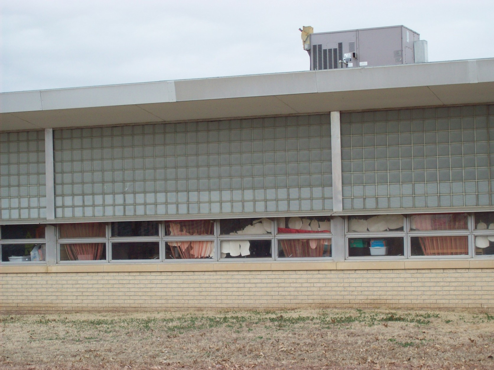 Tony Goetz Elementary before the new blinds were installed (Muskogee, 2010)
